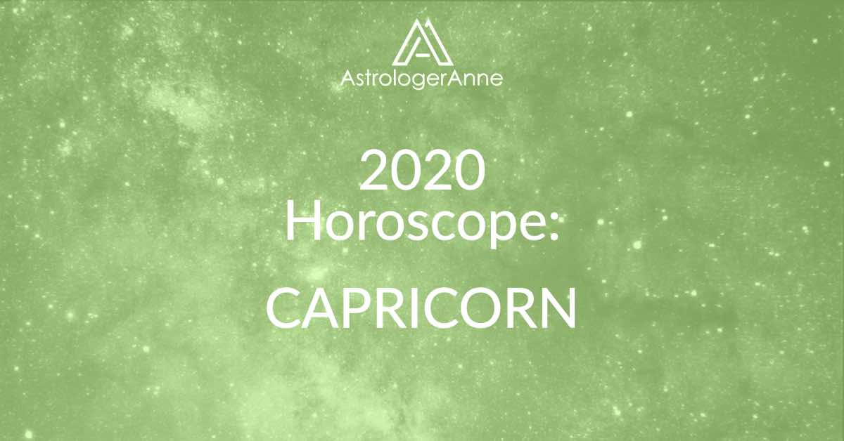 Green starry night sky for 2020 Capricorn horoscope